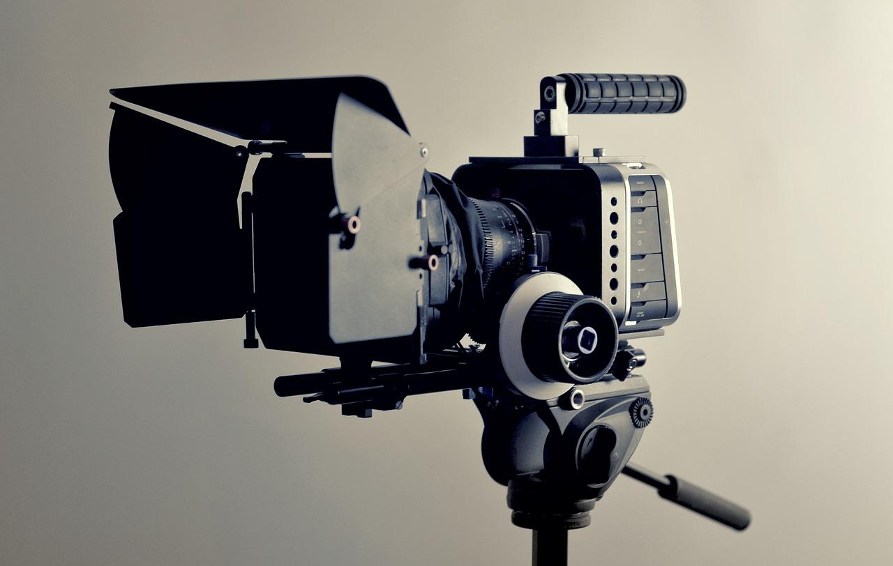 Sindicatos del sector audiovisual reclaman medidas específicas ante la crisis